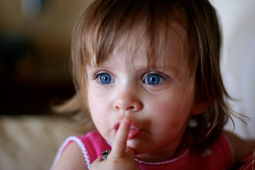 حالت انفعالی در استفاده از زبان دوم: وقتی کودک به زبان دوم صحبت نمی کند